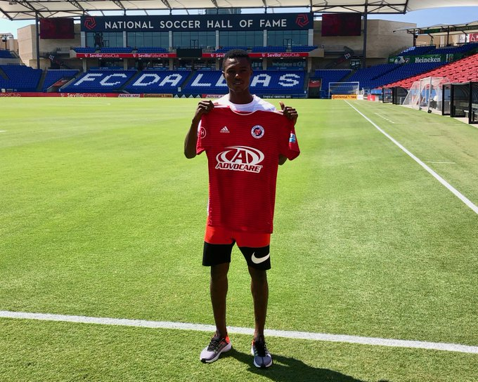 Richard Danso signs