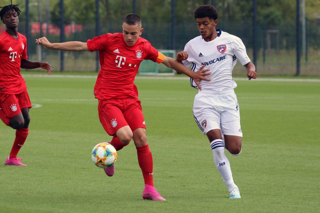 Jones FCD U15 vs Bayern