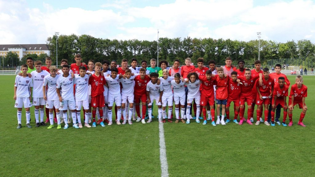 FC Dallas and Bayern U15s