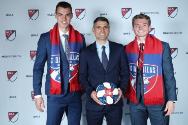 FC Dallas head coach Luchi Gonzalez stands alongside draftees Callum Montgomery (L) and Johnny Nelson (R) at the 2019 MLS SuperDraft in Chicago. (FC Dallas Communications)